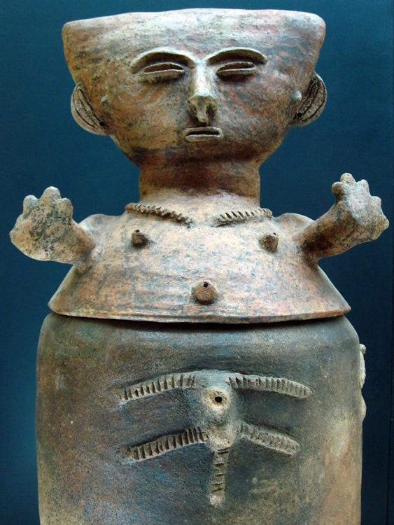 Urne funéraire Zenu (450 - 1500) côte caraïbe et plaines marécageuses