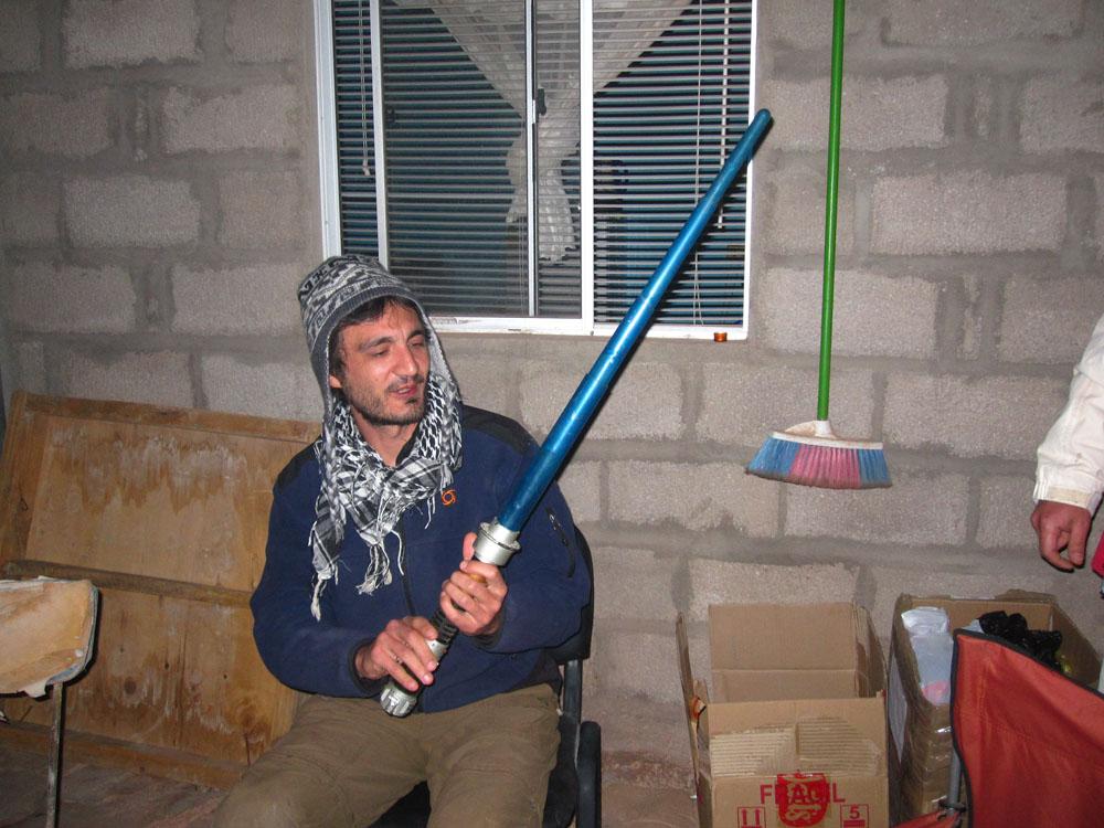 ...Et le sabre laser de Marcel!