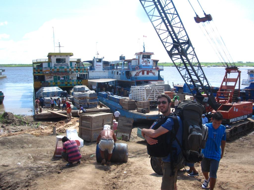 Au port de Pucallpa, prêts à embarquer sur le Pedro Martin