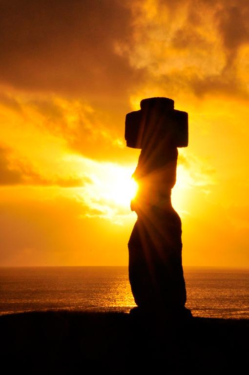 Ahu Ko Te Riku, coucher de soleil