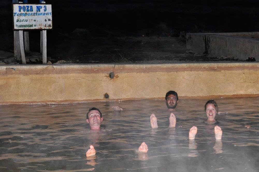 Sicuani, bains d'eau chaude, les doigts de pied en éventail