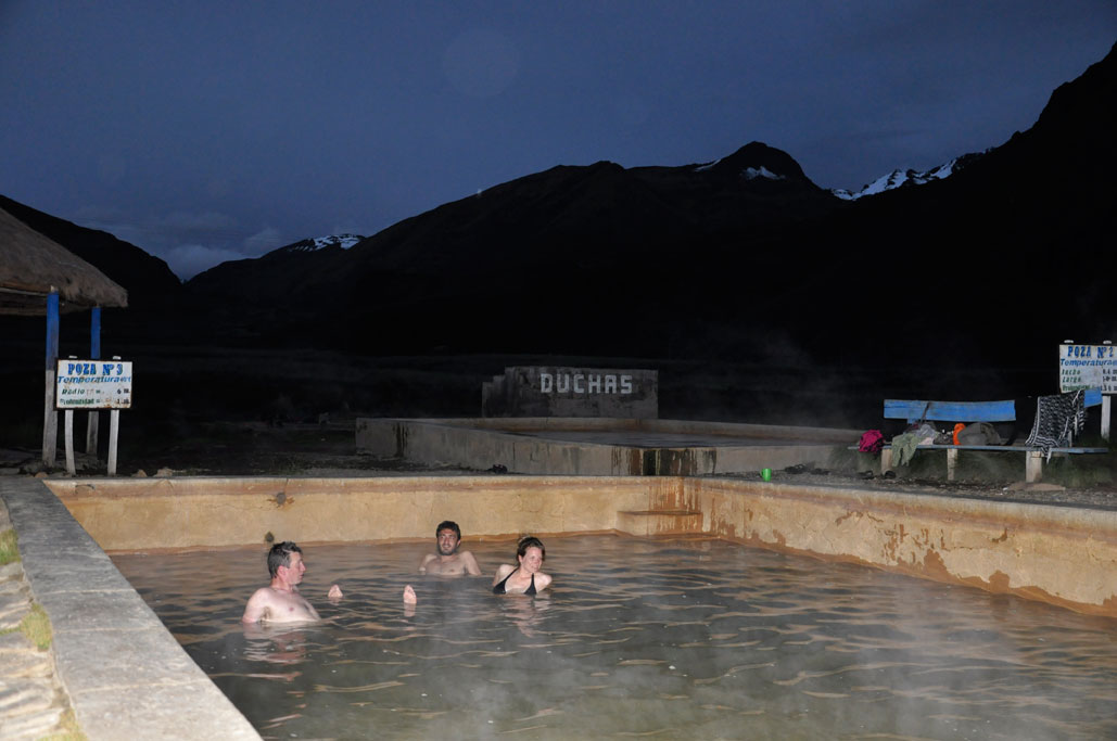 Sicuani, bains d'eau chaude (40°C)