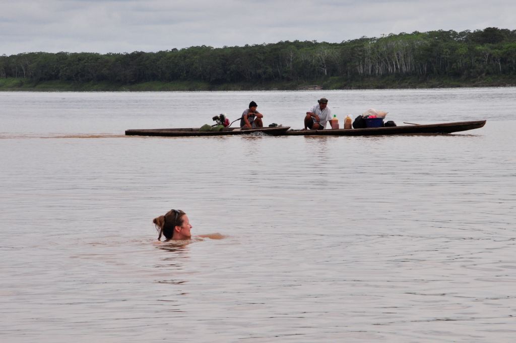 Baignade dans l'Amazone !