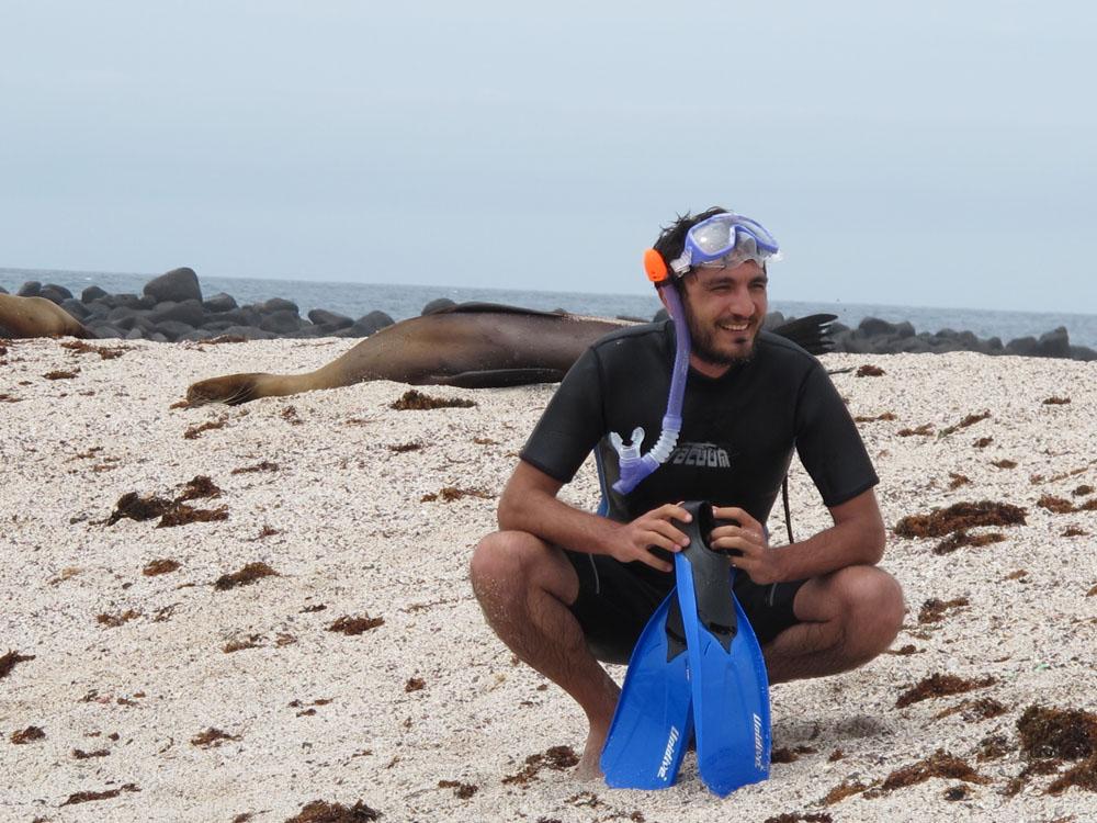 San Cristobal, la Loberia, on se prépare pour le snorkling