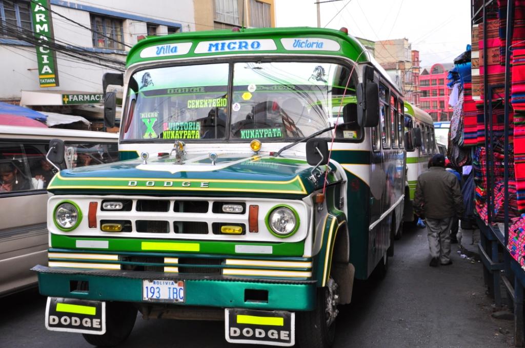 La Paz, un microbus