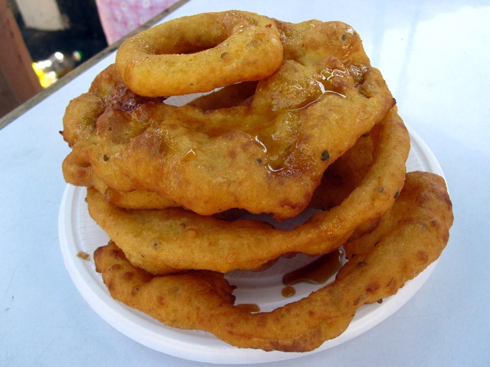 Les buñuelos... beignets de patate douce, et miel