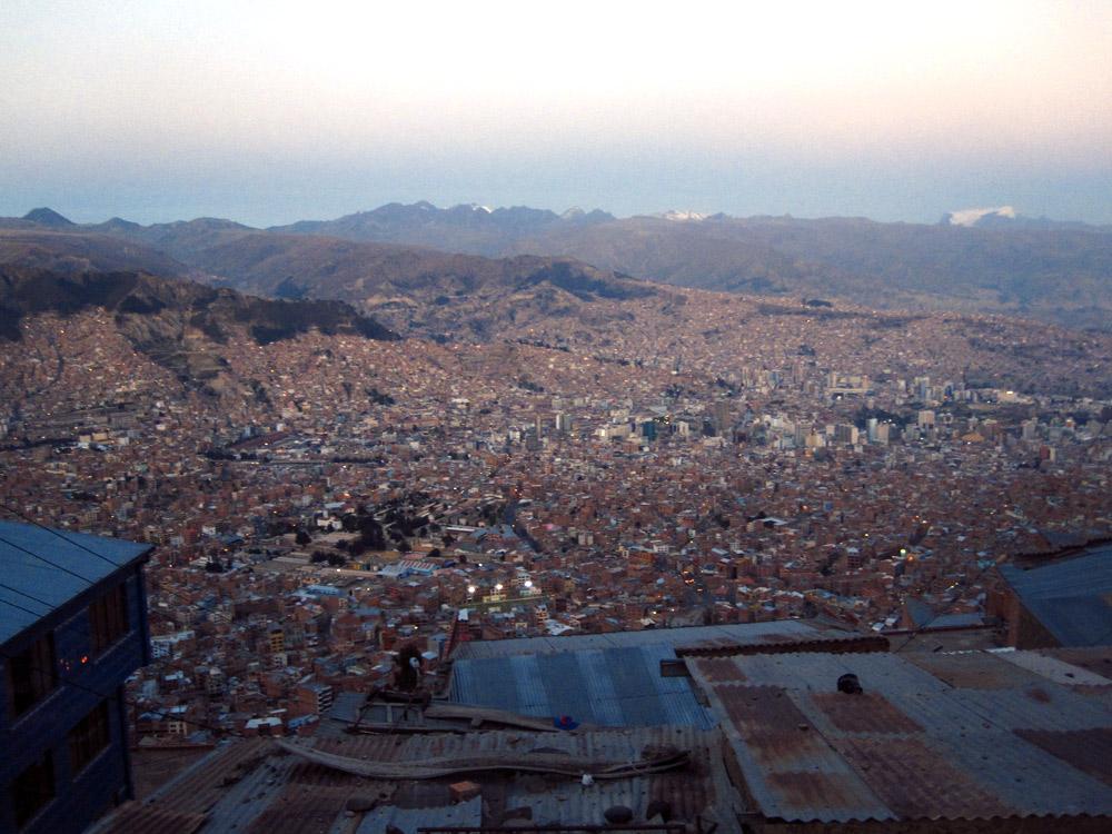 La grande cuvette de La Paz, vue de El Alto au coucher du soleil