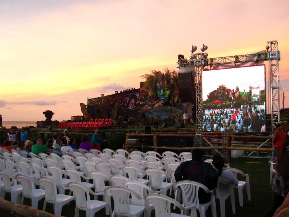 Tapati, la scène en plein air et son décor