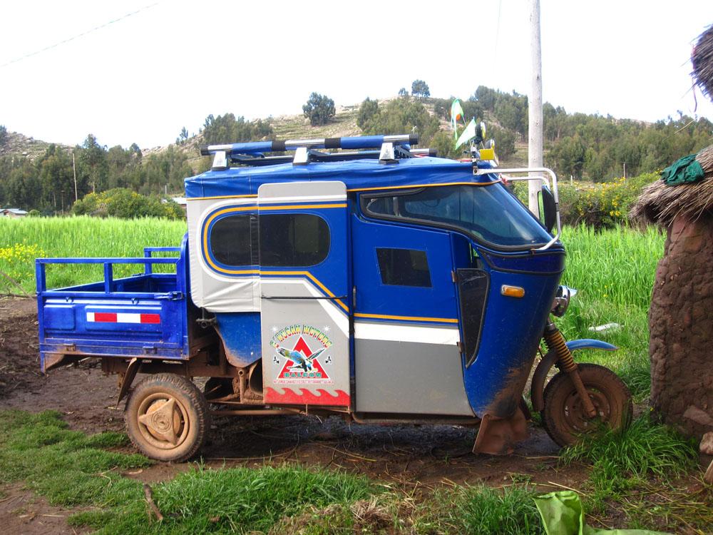 Ccotos, moto-taxi d'Alfonso