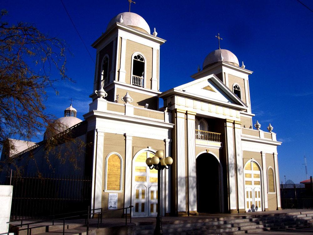 Pica, l'église
