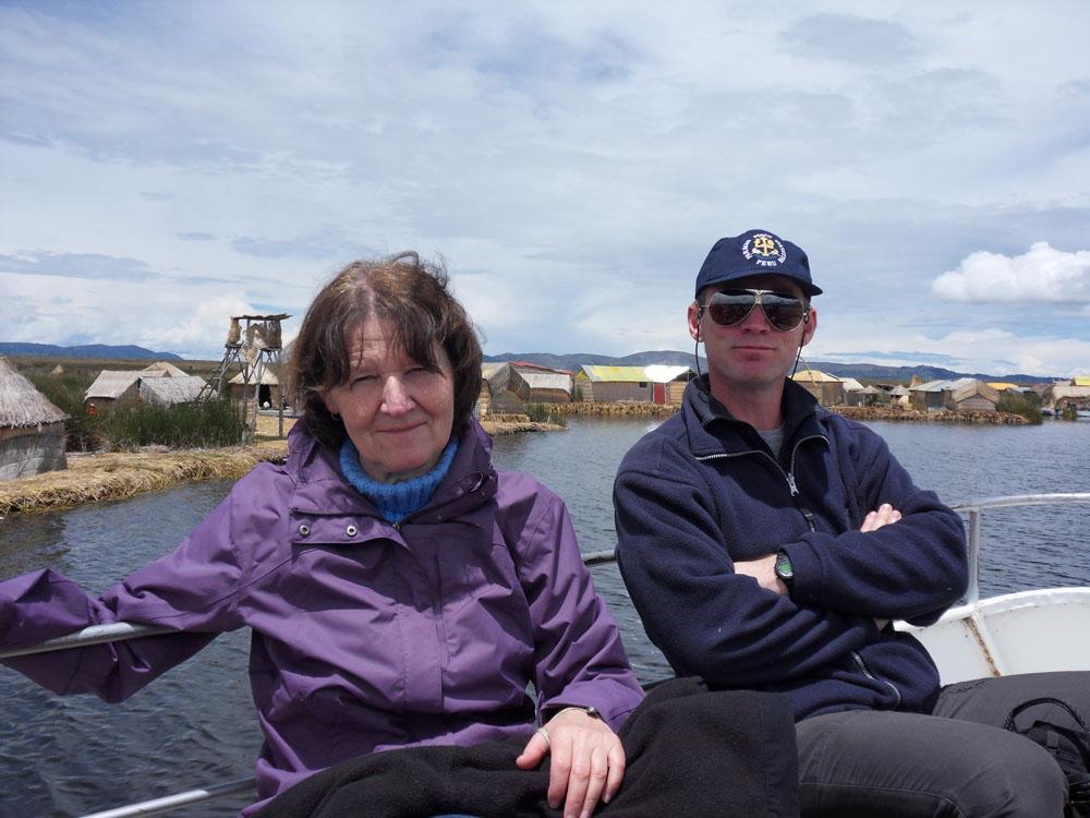 Al et françoise sont sur un bateau