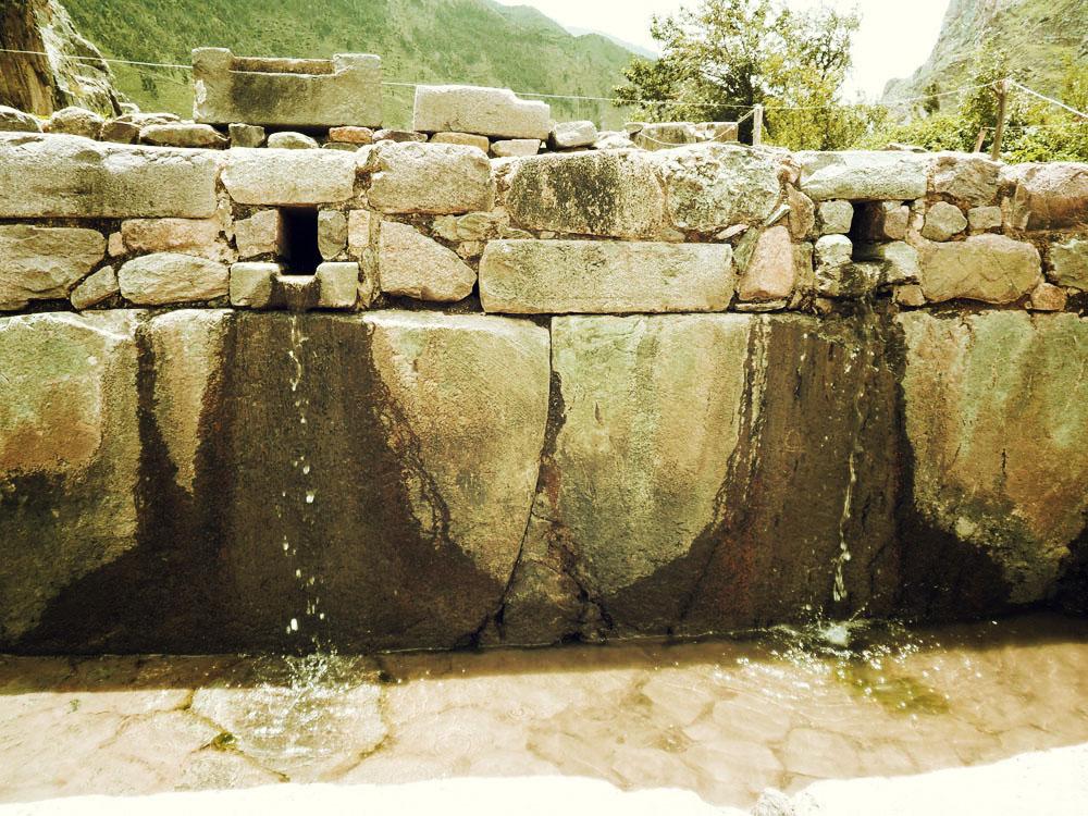 Ollantaytambo, fontaine