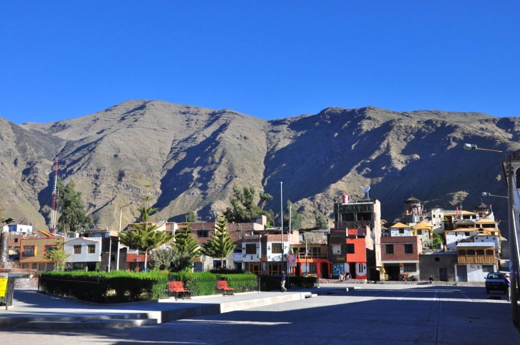 Cabanaconde, Plaza de armas