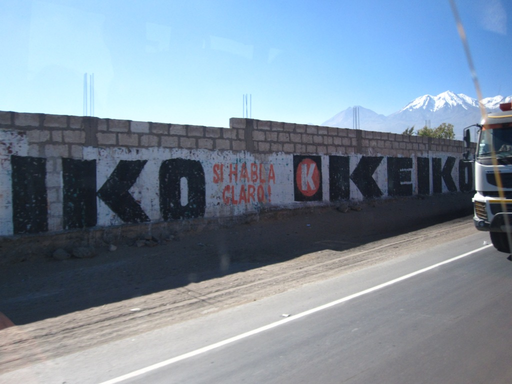 On the road, (Keiko presidente...)