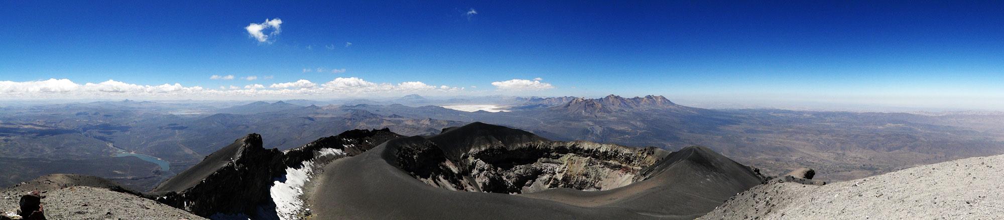 2ème, panorama sur le cratère et le Pichu Pichu